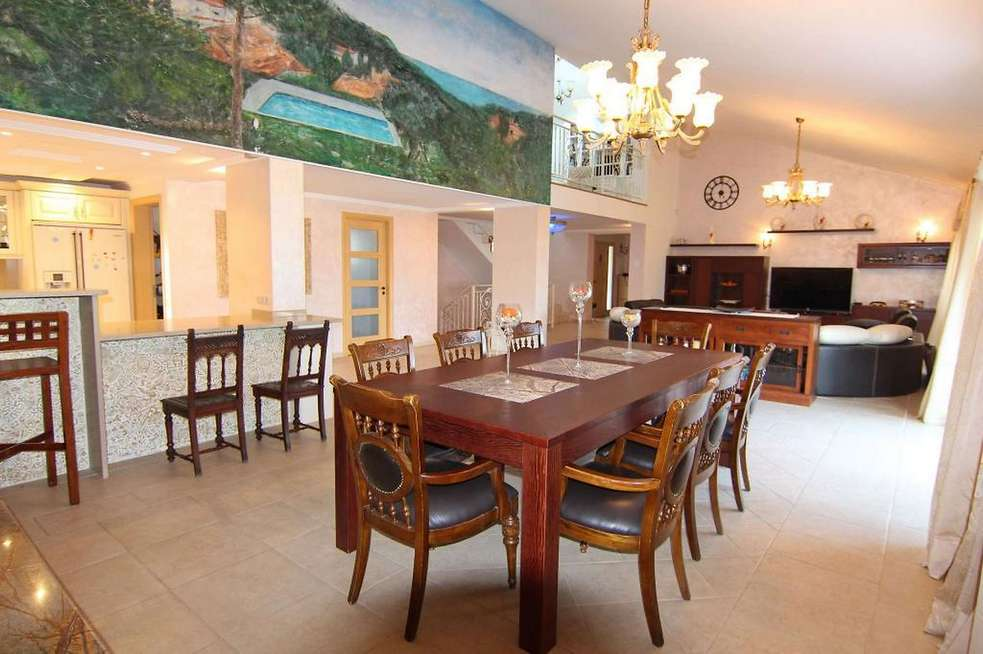 High standing villa with 6 bedrooms and panoramic sea views in Sant Antoni de Calonge