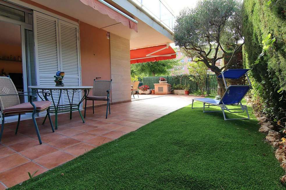 3 Bedrooms apartment  with large private garden of 147m2 in Sant Antoni de Calonge